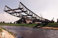 Bailey-Bridge-launching-nose