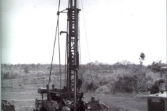 17-Const-Sqn-water-drilling-at-Horseshoe-fire-base-SVN