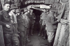 1918-Aust-Engineers-entrance-to-Catacombs-Hill-63-Ypres