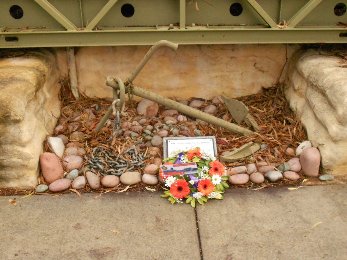 17.-Wreath-at-Small-Ships-memorial.jpg