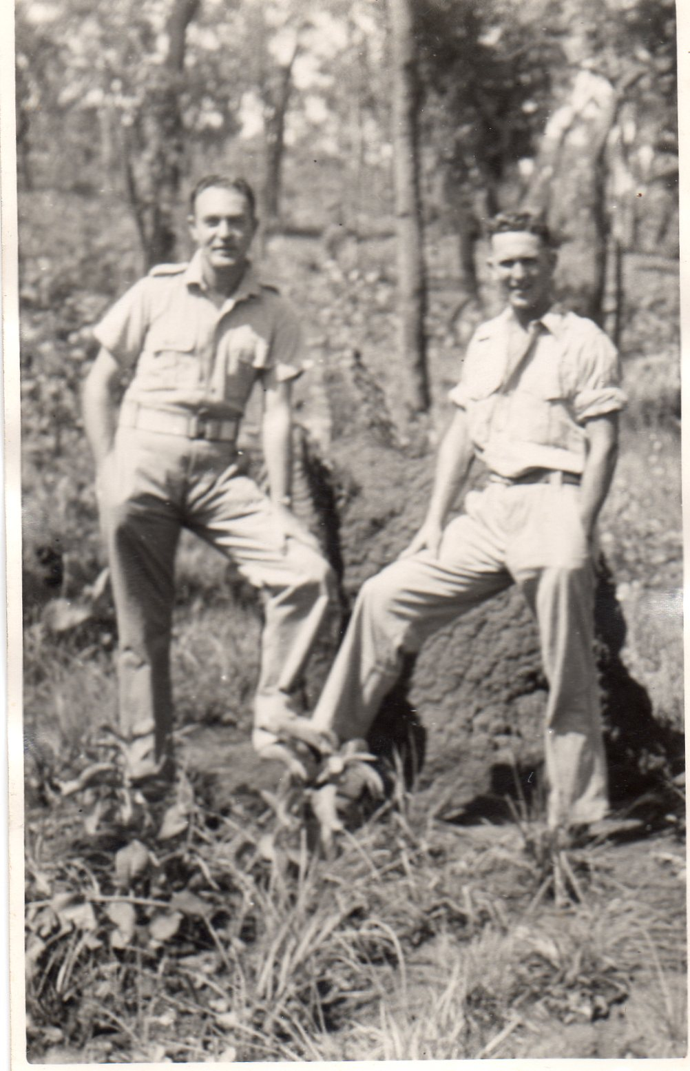 1944-WO2-Eric-Clement-and-Sgt-Norm-Quartermaine.jpg