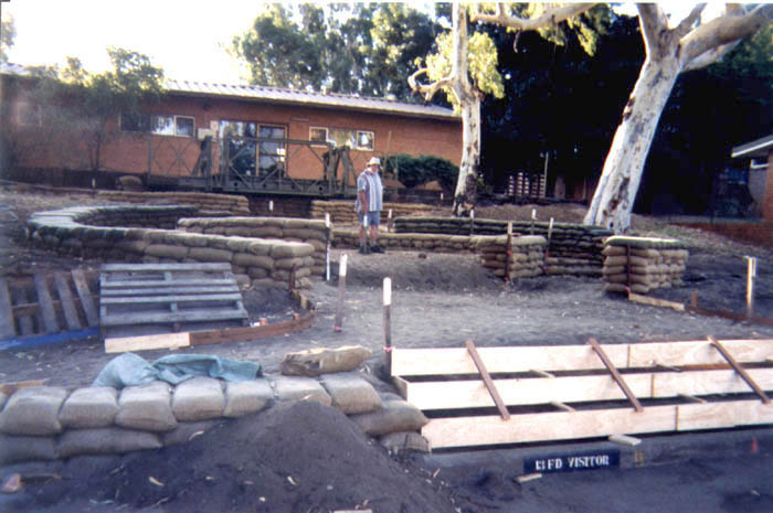 1999-Griffo-and-formwork.jpg